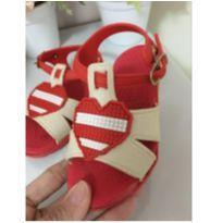 Sandália vermelha - 21 - Não informada