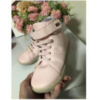 Tênis rosa Bebê