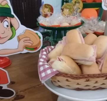 display de mesa do Chaves - Sem faixa etaria - Não informada