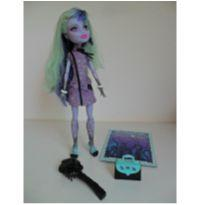 Boneca Monster High Twyla Boogeyman
