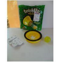 Copo e Bolinha - TrickUp - PegaEssa - Amarelo - New Toys -  - New Toys