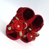 A103 Sandalinha de croche vermelha com lacinho flor e perola - 14 - mm sapatinhos