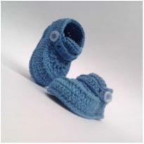 A86 Sapatinho de croche para bebe masculino azul menino com botao menino - 16 - mm sapatinhos