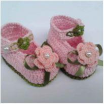 A62 Sapatinho de croche para bebe feminino rosa bebe e verde - 14 - mm sapatinhos