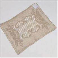 V17 Toalhinha de croche bege 30 x 22 com desenho de rosas -  - mm sapatinhos