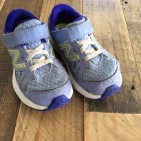 Tênis New Balance lilás e roxo - 24 - New balance