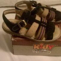 Papete Kidy couro legitimo super confortável tam 26 - 26 - Kidy