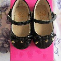 Sapato em Verniz Preto - 17 - Pampili
