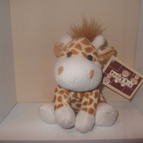 Girafinha de pelúcia - Sem faixa etaria - toms toy