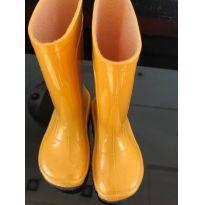 Galochinha Amarela - 22 - BB Básico