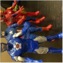Personagens quarteto super heróis