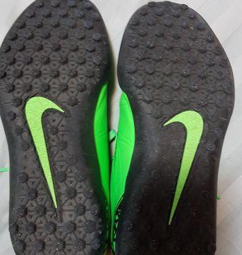 Chuteira society Nike Hypervenom verde tamanho 33 - 33 - Nike