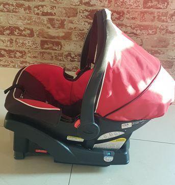 Bebê Conforto com base para carro - Sem faixa etaria - Graco