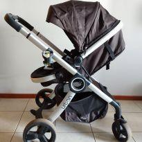 Carrinho de Bebe Chicco Urban (reversível em moisés) do nascimento até 15 kg -  - Chicco