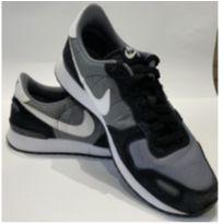 Tênis Nike Air - 40 - Nike