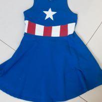 Vestido Super heroína - 6 anos - Riachuelo