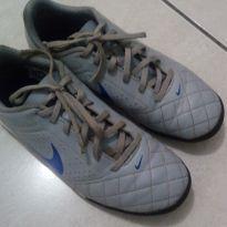 Chuteira Nike original - 36 - Nike