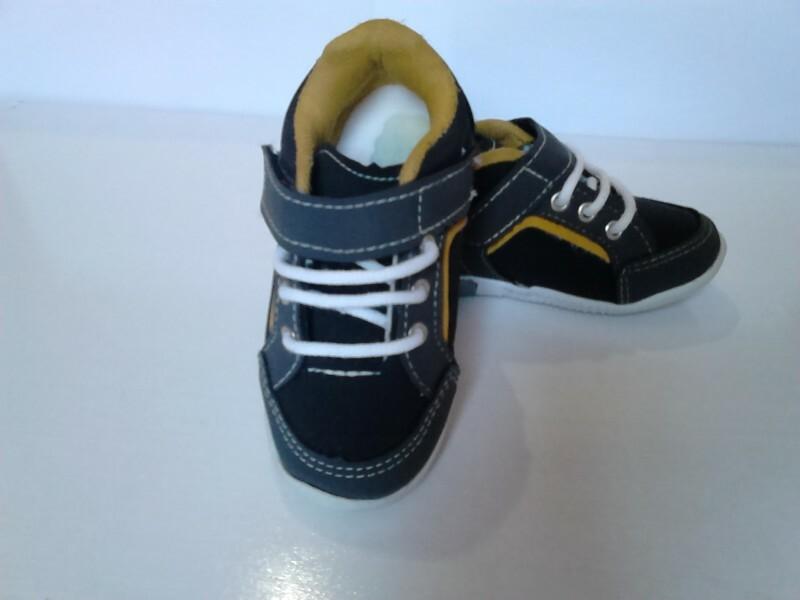 020b8f180a8 sapatênis Danguinho 24 no Ficou Pequeno - Desapegos de Sapatos quase ...