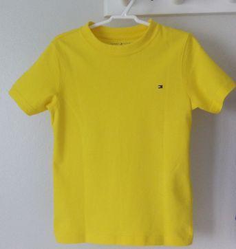 Camiseta tommy tam 4/5 anos (serve 4 a 5) - 4 anos - Tommy Hilfiger
