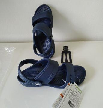 Nova - Sandália Crocs J 3 (serve 32) - 32 - Crocs