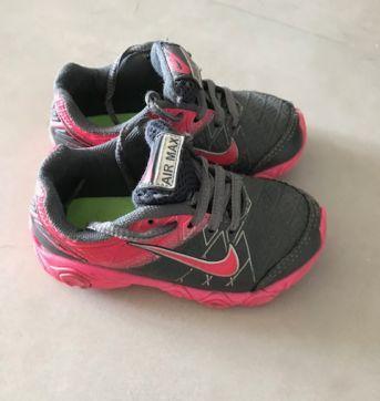 Tenis nike cinza e rosa - 23 - Nike