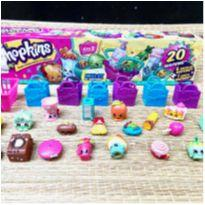 Kit 20 Shopkins + 6 sacolas + 1 cesta -  - DTC