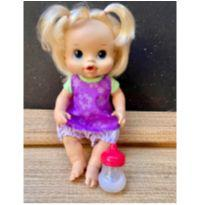 Boneca Baby Alive faz xixi + mamadeira mágica-Hasbro -  - Hasbro