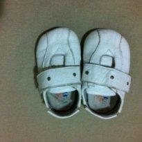 Mocassim de couro branco - 18 - Digugu Baby