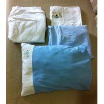 2 jogos de lençol para berço americano (azul e branco) - C/ DESCONTO 10% - Sem faixa etaria - Formatinho Bebê