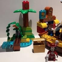 Lego Jake e os piratas