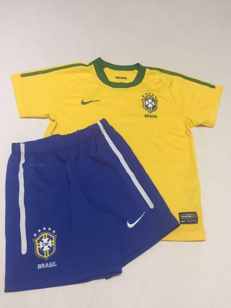 Conjunto Infantil Seleção Brasileira 4 anos no Ficou Pequeno ... 89fbc2c559179