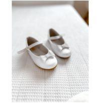 Sapato boneca branco - 25 - Sonho de Criança