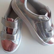 Tênis prata e rosa - 29 - Pesh