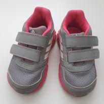 Tênis adidas cinza e pink - 19 - Adidas