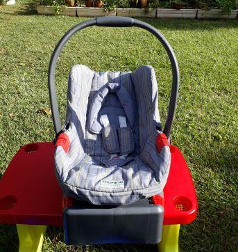 Bebê conforto/ cadeirinha para carro Burigotto Touring Evolution SE com base - Sem faixa etaria - Burigotto