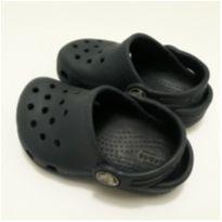 Crocs azul marinho 23 - 23 - Crocs