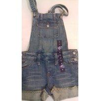 Jardineira jeans Gap original com etiqueta - 6 anos - GAP