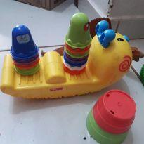 Centopeia com bichinhos de encaixar -  - Fisher Price e Playskool