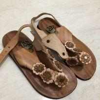 Sandália rústica