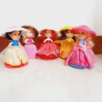 Kit bonecas cupcake bolinho princesas -  - Estrela