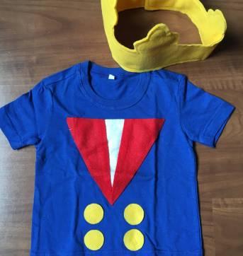 Camiseta e Coroa em feltro - Pequeno Príncipe - Tam 2 - Sem faixa etaria - Feito à mão