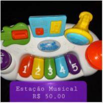Estacão Musical -  - Musica em Familia e Toddler