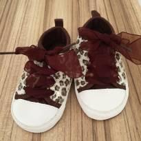 Sapato de onçinha marrom com bege - 18 - Não informada