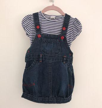 Jardineira Jeans com camiseta e detalhes em vermelho - 6 a 9 meses - Anuska