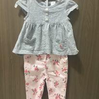 Conjunto Calça florida de sarja e blusa - 3 a 6 meses - Carter`s