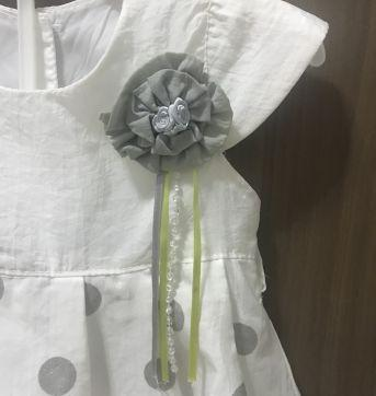 Vestido lindo branco com bolinhas - 6 a 9 meses - Anuska