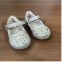 Sapato com velcro brilhante - 20 - Bibi