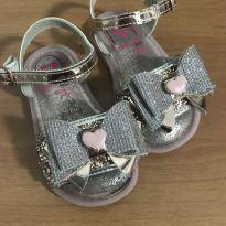 Sandália brilhante de coração - 20 - Molekinha