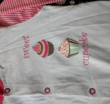 Macacão Cupcake - 6 meses - Tex