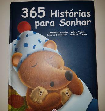LIVRO 365 HISTÓRIAS PARA SONHAR - Sem faixa etaria - Ciranda Cultural